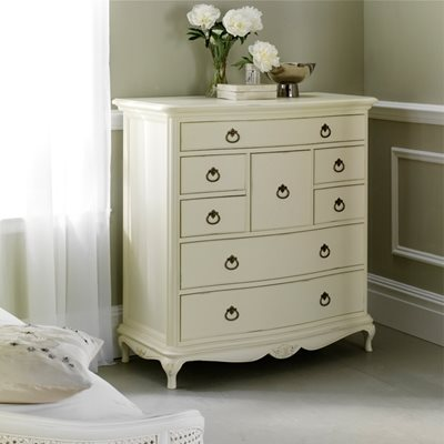 WILLIS & GAMBIER IVORY WOODEN CHEST OF 8 DRAWERS