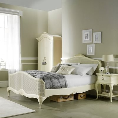 WILLIS & GAMBIER IVORY PARISIAN STYLE WOODEN BED FRAME