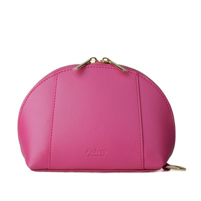 GILLAN Classic Cosmetic Bag Phone Charger in Magenta