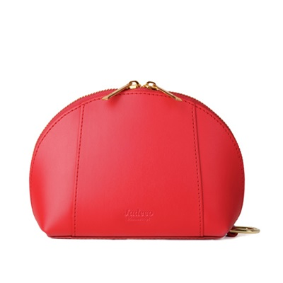 GILLAN Classic Cosmetic Bag Phone Charger in Red