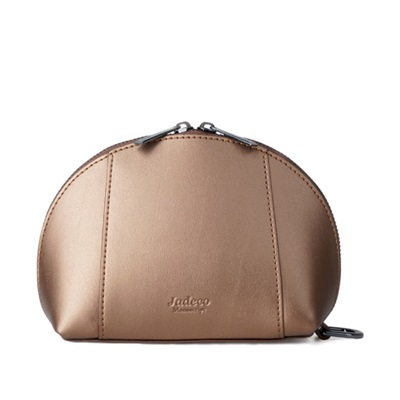GILLAN Classic Cosmetic Bag Phone Charger in Gold