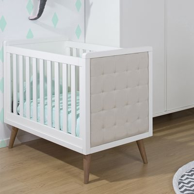 RETRO RIO UPHOLSTERED BABY COT in White