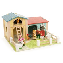 Kids-Wooden-Toy-Farm.jpg