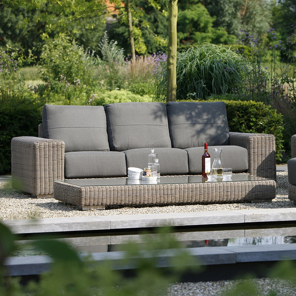kingston rattan 3 seater sofa by 4 seasons outdoor 4 seasons outdoor cuckooland. Black Bedroom Furniture Sets. Home Design Ideas