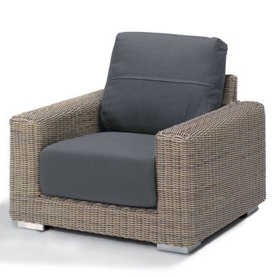 KINGSTON RATTAN ARMCHAIR by 4 Seasons Outdoor
