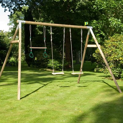 TP TOYS KNIGHTSWOOD TRIPLE WOODEN SWING SET