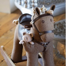 LB3020-Chester-Fred-Rocking-Horse-Detail-001.jpg