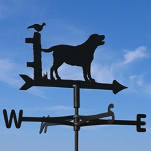 Labrador-dog-Cottage-Weathervane-blue-sky.jpg