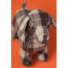 Lacey-Labrador-Doorstop-By-Dora-Design-In-Check-Fabric-Lifestyle..jpg