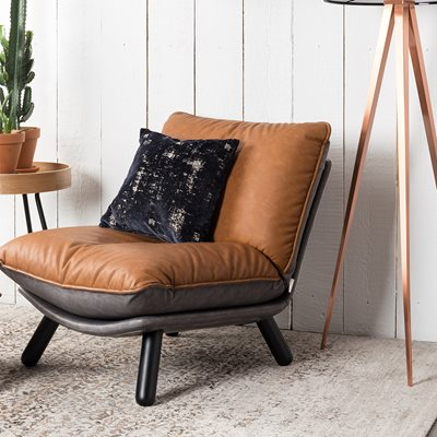 LAZY ACCENT CHAIR in Vintage Brown