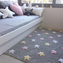 Lifestyle-Kids-Bedroom-with-Three-Coloured-Star-Design.jpg