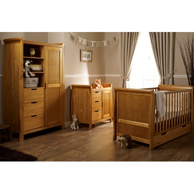 STAMFORD COT BED 3 PIECE NURSERY SET in Country Pine by Obaby