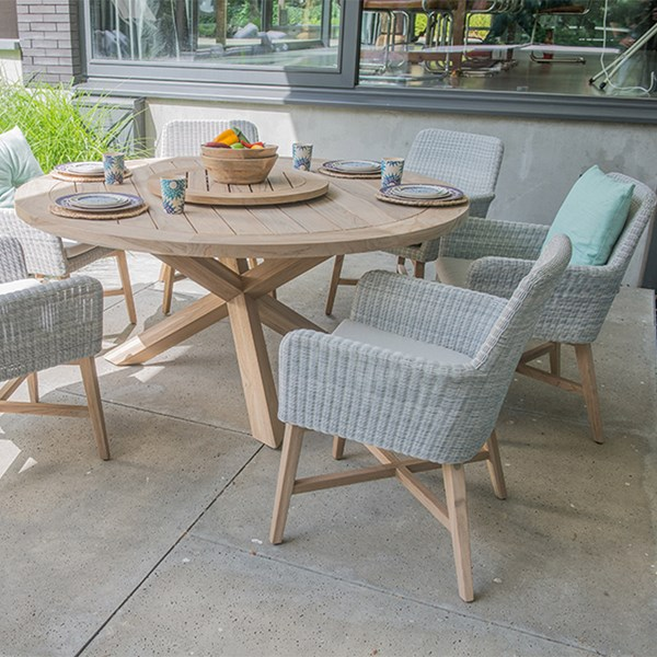 Lisboa Teak Table and Rattan Chair Set by 4 Seasons Outdoor