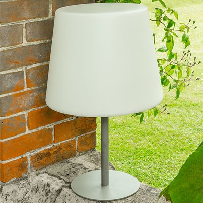 LUMA WHITE GARDEN LAMP with Low Stand