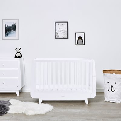 SnuzKot Luxe Cot Bed in White