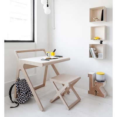 K DESIGNER KIDS DESK in Natural Wood