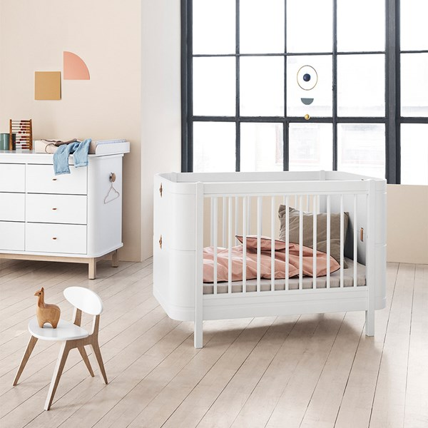 Wood Mini+ Baby and Toddler Extendable Cot Bed in White
