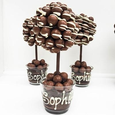 PERSONALISED MALT DRIZZLE CHOCOLATE SWEET TREE