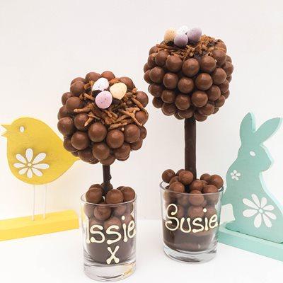 PERSONALISED CHOCOLATE EASTER MALTESER SWEET TREE