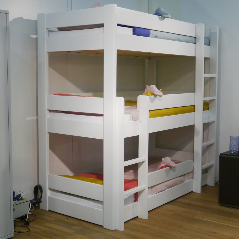 kids triple bunk bed in dominique design kids beds. Black Bedroom Furniture Sets. Home Design Ideas