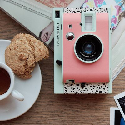LOMO INSTANT MINI CAMERA - Milano Edition
