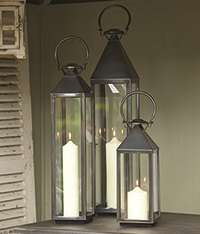 CHELSEA GARDEN Lantern in Stainless Steel With Bronze Finish