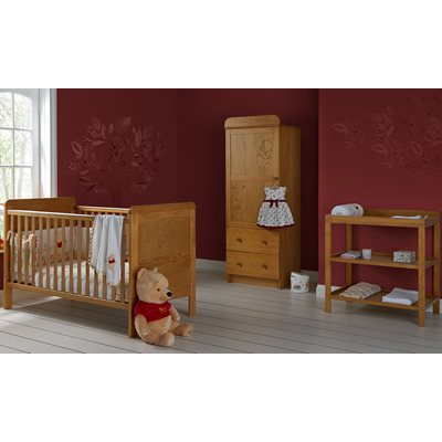 WINNIE THE POOH 3 PIECE NURSERY ROOM SET SINGLE in Pine
