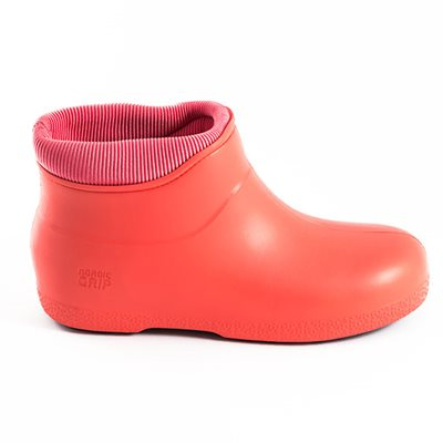 NORDIC GRIP Non Slip Boots in Coral