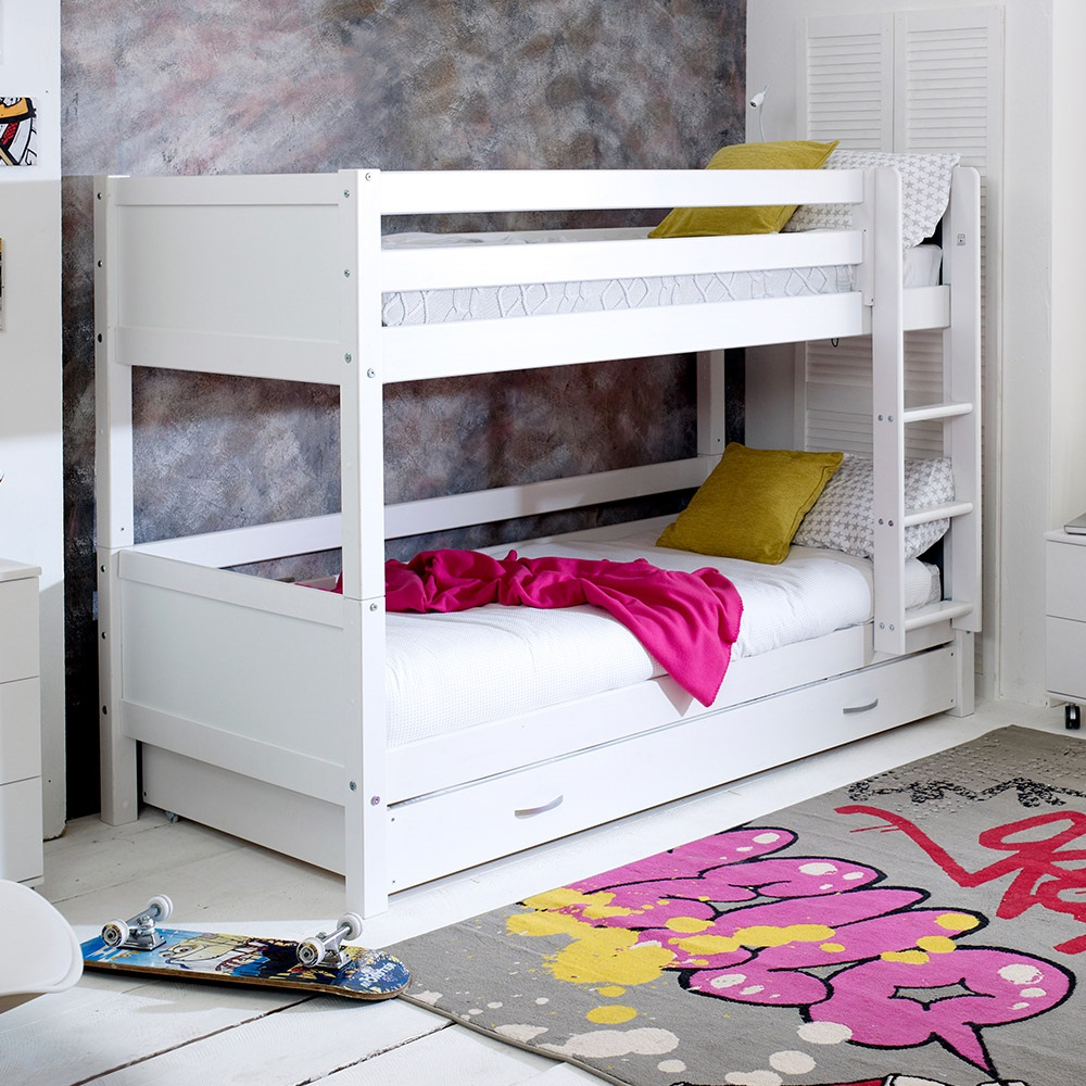 flexa nordic kids bunk bed 3 in white kids avenue cuckooland. Black Bedroom Furniture Sets. Home Design Ideas