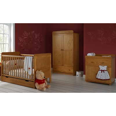 WINNIE THE POOH 3 PIECE NURSERY ROOM SET DOUBLE in Pine