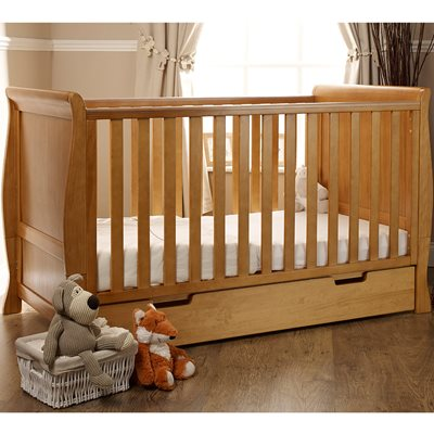 STAMFORD COT BED in Country Pine by Obaby