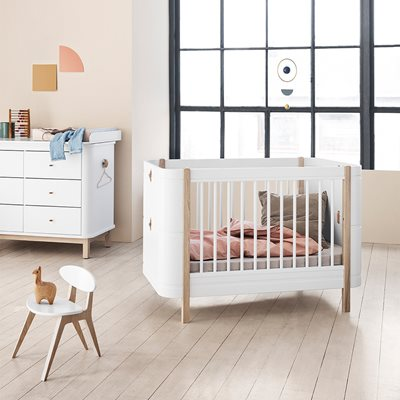 Oliver Furniture Wood Mini+ 4 in 1 Cot Bed in White & Oak