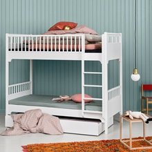 Oliver-Furniture-Luxury-Seaside-Bunk-Bed.jpg