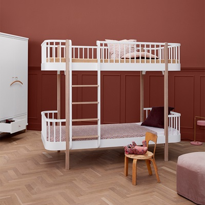 OLIVER FURNITURE WOOD CHILDREN'S LUXURY BUNK BED in White & Oak