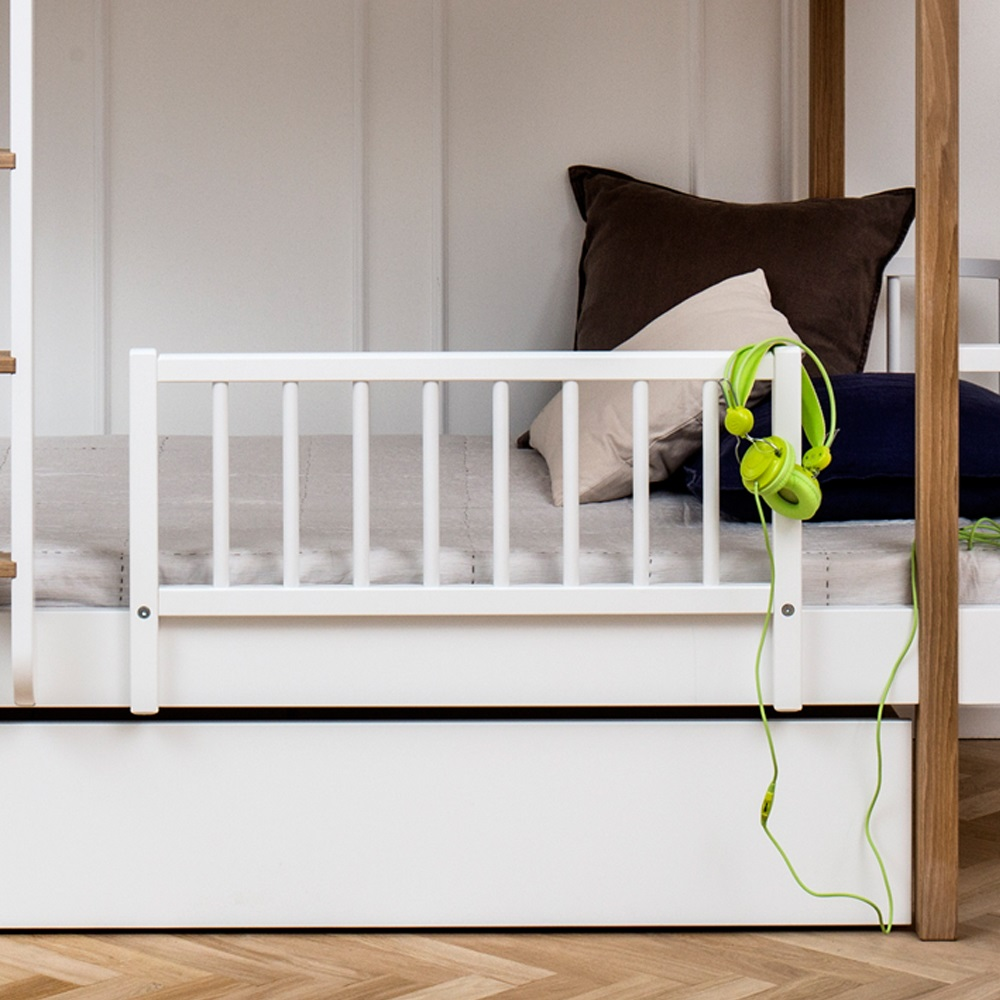 Transform Your Corrine 2 In 1 Convertible Crib Into A Timeless Toddler Bed With The Baby Fence Rail Cartoon Style Per Guardrail