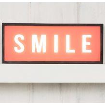 LIGHT BOX in Smile Design