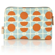 Orla-Kiely-Cosmetic-Bag-Square-Flower.jpg