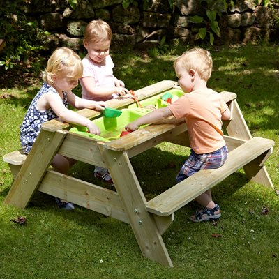 TP TOYS CHILDREN'S DELUXE WOODEN PICNIC TABLE SANDPIT SET