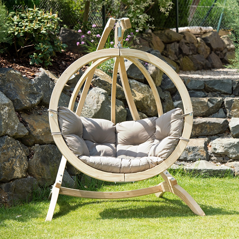 globo garden hanging chair stand in weatherproof taupe. Black Bedroom Furniture Sets. Home Design Ideas