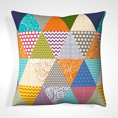CUSHION in Patchwork Triangle Design