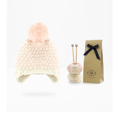 STAR BONNET BABY HAT KNITTING KIT in Peach Pink
