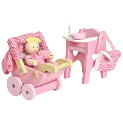 Le Toy Van Nursery Doll Set