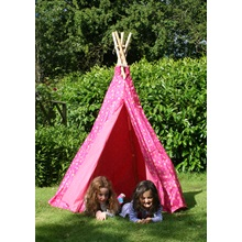 Pink-Heart-Wigwam-open-door-Garden-Games-with-children.jpg