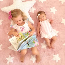 Pink-Rug-with-Small-White-Stars-Sisters.jpg