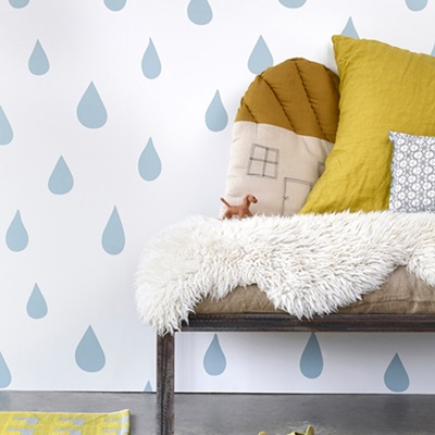 KIDS WALLPAPER Raindrops in Ice Blue