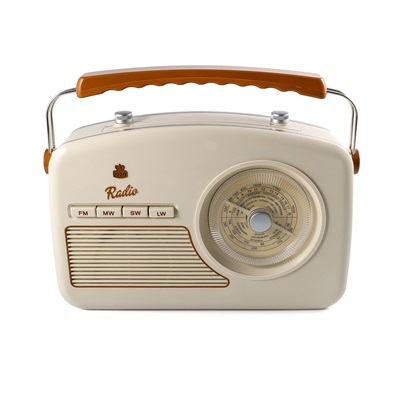 GPO RYDELL VINTAGE FOUR BAND RADIO in Cream