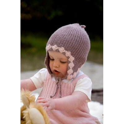 SAMANTHA HOLMES  Earflap Bonnet in Heather