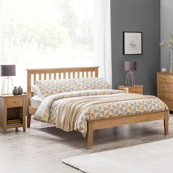 Salerno Solid Oak Bed by Julian Bowen