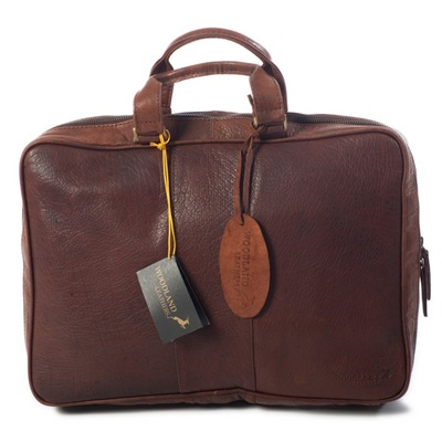 SAVOY LEATHER BRIEFCASE In Brown by Adventure Avenue