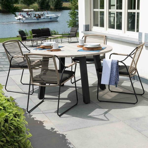 Scandic Outdoor Dining Table and Chairs Set by 4 Seasons Outdoor